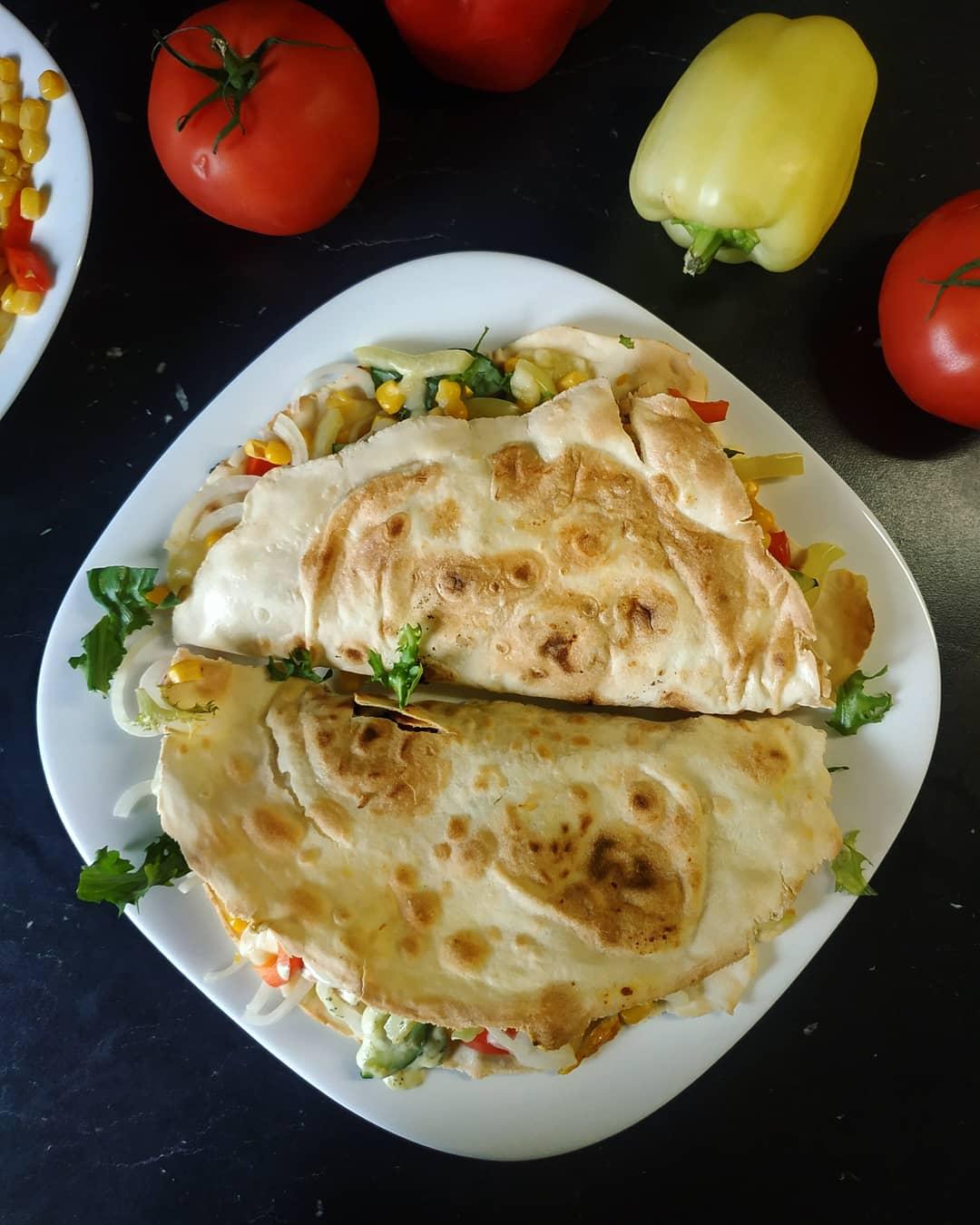 Tortilla bezglutenowa z warzywami